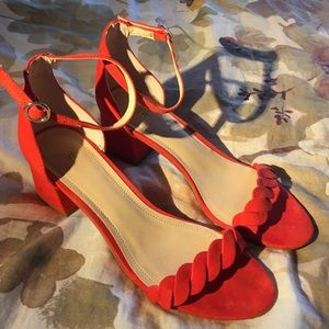 CHUNKY HEEL H&M SANDALS SIZE 9
